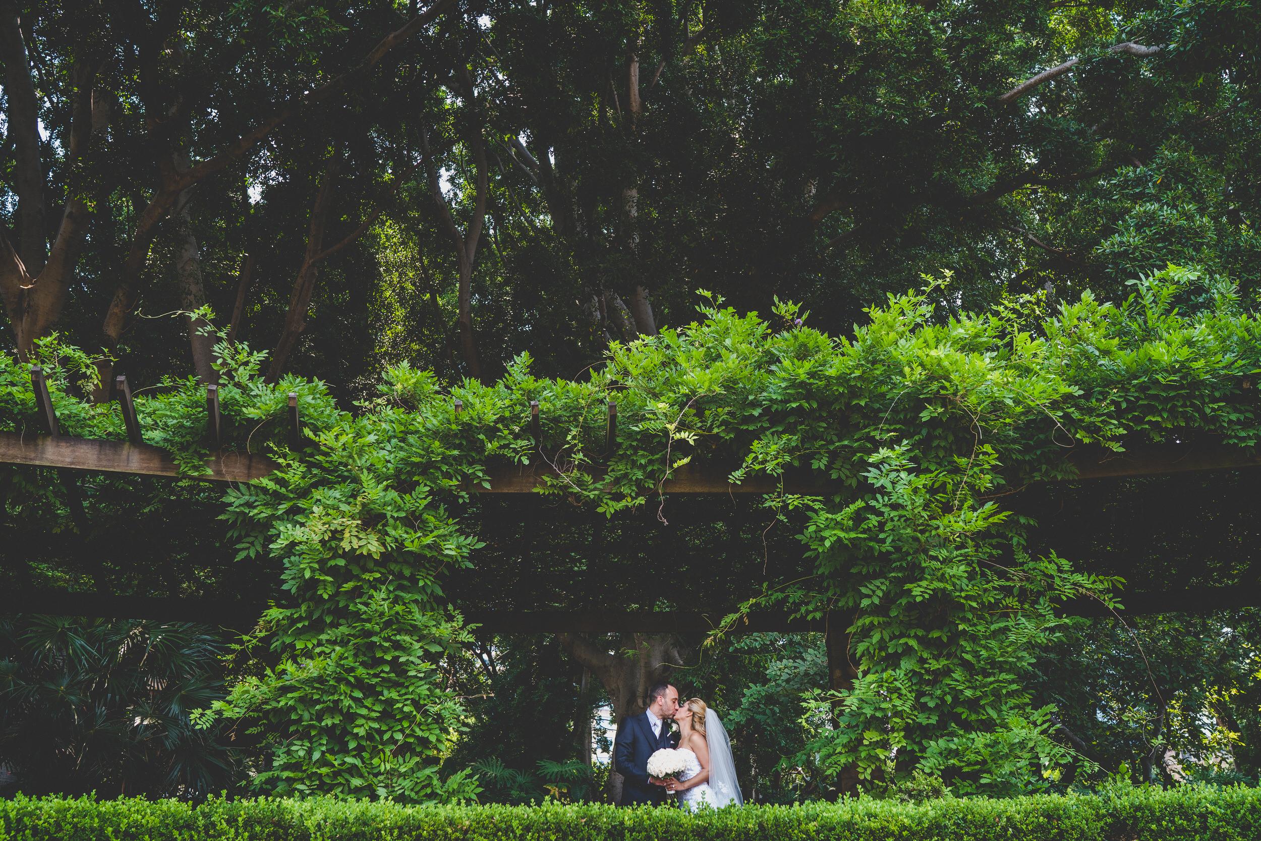 hyde park wedding couple